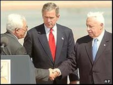 Mahmoud Abbas, George W Bush and Ariel Sharon in Jordan in 2003