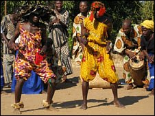 Chesomba Traditional troupe dancers