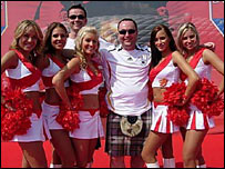 Paul Munch and some cheerleaders