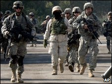 US troops in Iraq (file photo)