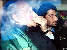 Argentine former general Santiago Omar Riveros (l) - 2001 file photo
