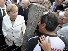 Angela Merkel visits the Hungarian border at Sopron (19 August 2009)