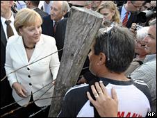 Angela Merkel visits the Hungarian border at Sopron (19 August 2009)