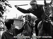 Lesley Boulton at Orgreave, 1984 � John Harris