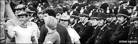 Standoff at Orgreave, 1984 � Steve Eason