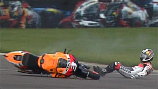 Dani Pedrosa crashes at Indianapolis
