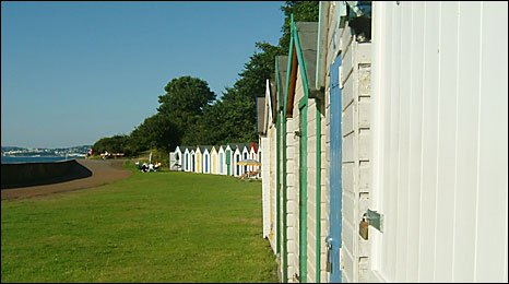 Beach huts at Broadsands