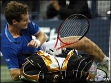 Andy Murray grimaces
