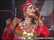 Singer Raissa Talbensirt