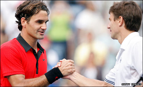 Roger Federer and Tommy Robredo