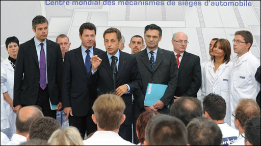 Sarkozy addressing workers