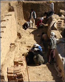Archaeologists working at Bamiyan