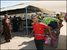 Tolkuchka market in Ashgabad