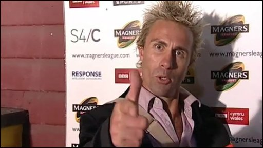 Justin Marshall makes a big impression on his debut in the Scrum V commentator's box for Glasgow v Ospreys