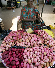 Kola nut seller in Conakry