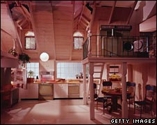 Open-plan kitchen in 1980