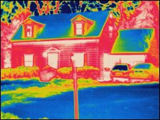 Thermogram image of a house showing heat loss