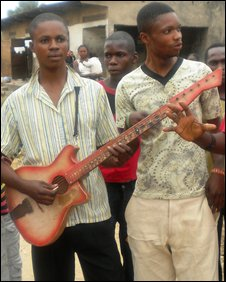 Singers in Sona Bata