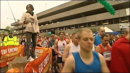 Dame Kelly Holmes at the start of the race