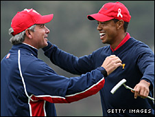 US captain Fred Couples (left) and Tiger Woods
