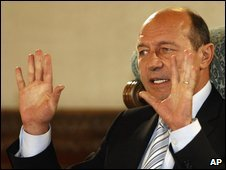 Traian Basescu, file pic from 14 October 2009