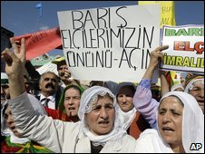 "Turkish Kurds demonstrate in Istanbul, Turkey, with a banner that reads ""Open the way for peace"", 19 October 2009"