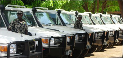 Malian soldiers with Land Cruisers, 20/10