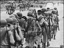 Brazilian troops march to Rio de Janeiro in 1964