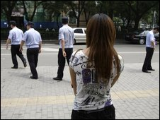 Alleged black jail victim waits to talk to police in Beijing