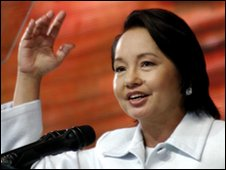 Gloria Arroyo addresses members of Lakas-Kampi-CMD ruling coaltion in Manila - 19 November 2009