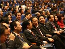 Overseas Vietnamese conference delegates 21 Nov 09