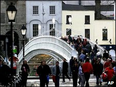 Ha'penny Bridge - a Dublin landmark