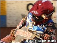 Derek Sneddon