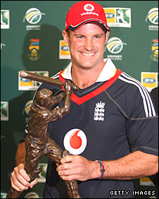 Andrew Strauss with the series trophy