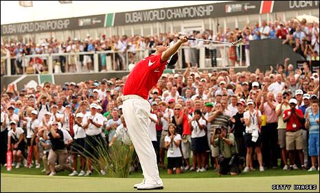 Lee Westwood celebrates victory in Dubai
