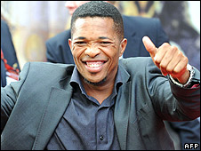 Makhaya Ntini arrives in Cape Town