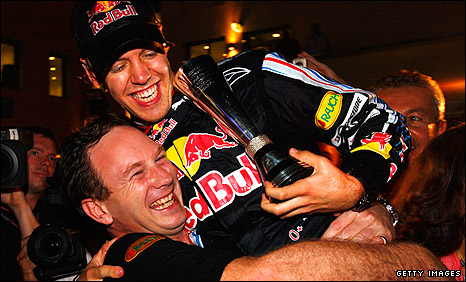 Christian Horner (left) and Sebastian Vettel