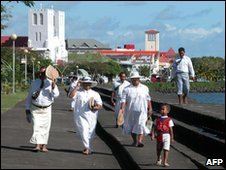 A church going group of Samoans
