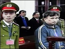 Tran Anh Kim on trial in Thai Binh, northern Vietnam - 28 December 2009