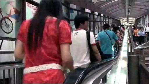 Hong Kong's Central-Mid-levels escalator system