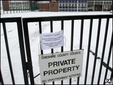 Knutsford High School in Cheshire closed because of snow