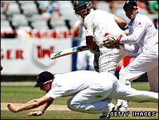 Graeme Smith survives