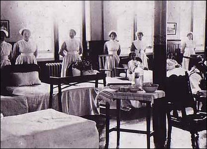 Hospital ward, date unknown