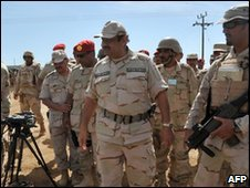 Prince Khaled bin Sultan visits troops at the border with Yemen in Jizan province, January 12, 2010