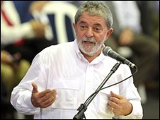 Brazil's President Luiz Inacio Lula da Silva speaks at a meeting with homeless people in Sao Paulo in Dec 2009