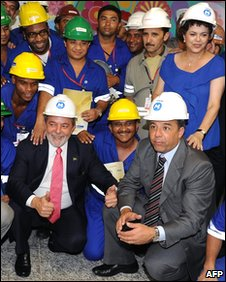 President Lula poses with workers during the inauguration of a metro line in Rio de Janeiro in December 2009