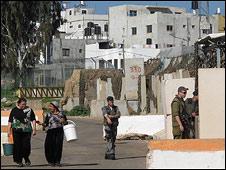Israeli checkpoint, Ghajar