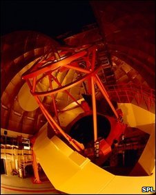 Nasa infrared telescope, Hawaii (SPL)