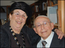 Dr Abraham Albert Elia (r) and his wife Lucy Elia (l)