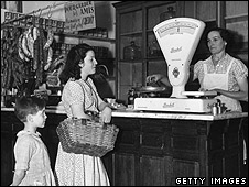 French grocery store in 1935